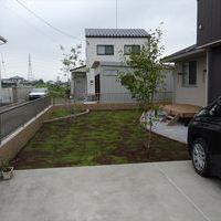 ウッドデッキ & 庭園 & ブロック塀フェンスのサムネイル