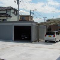ガレージ・カーポート・駐車場 & アプローチ & 庭園のサムネイル